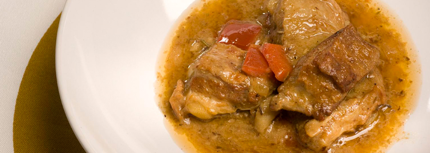 Spanish recipe: Lamb stew. Photo by: Toya Legido/©ICEX.