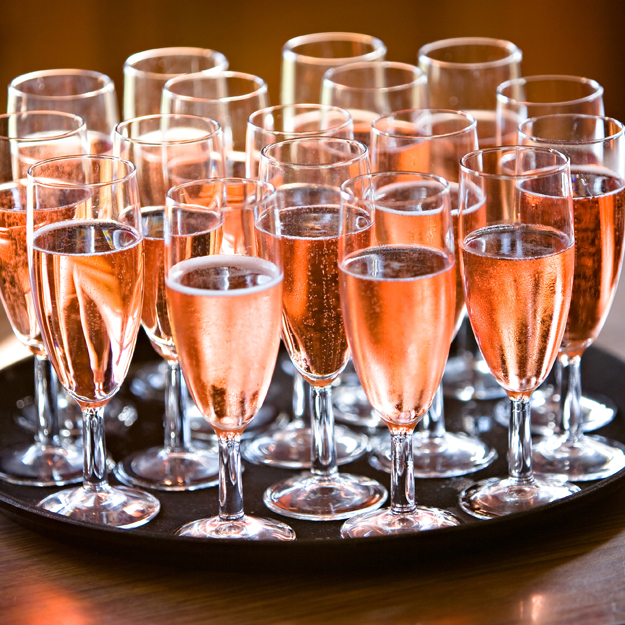 The Effervescent World of Cava Rosado / @IStock