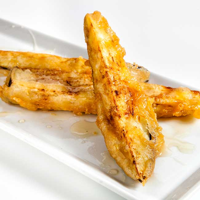 Fried eggplant with honey.  Photo by: Fernando Madariaga / @ICEX.