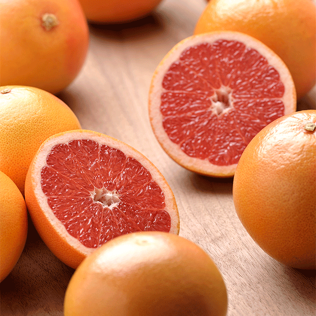 Grapefruits from Spain. Photo by: AILIMPO